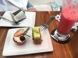 Saft & Kuchen - kurzum: Es wird gefressen!