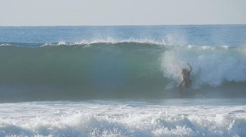 Auch ein Wipeout gehört zum Surfen dazu